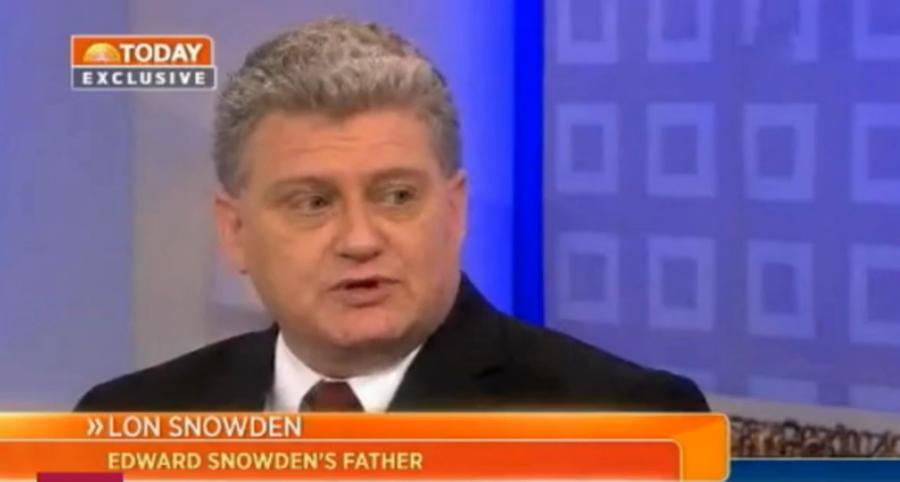 Отец Сноудена: офицеры ФБР просили меня уговорить Эдварда вернуться в США