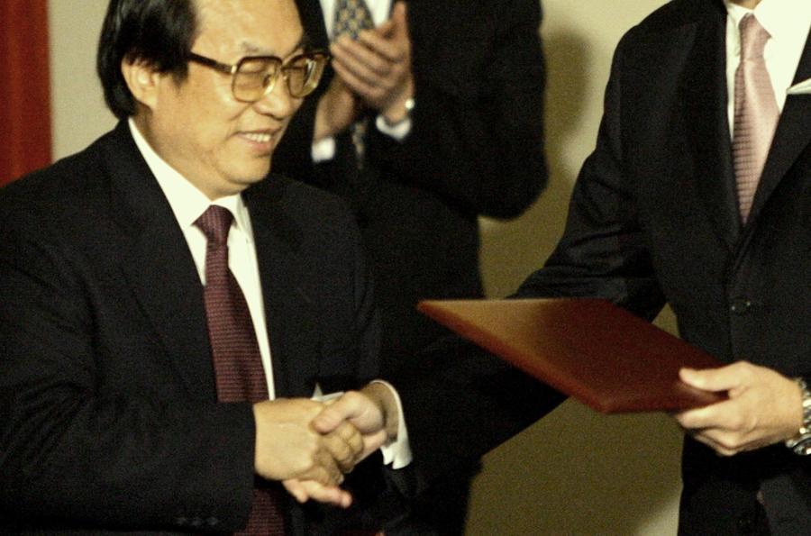 Китайскому министру грозит казнь за взятки