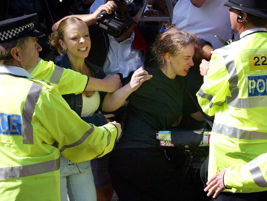 В Великобритании в моде женская преступность
