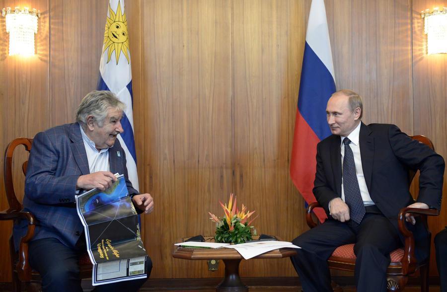 СМИ: Госдеп заставляет Уругвай отказаться от сближения с Россией