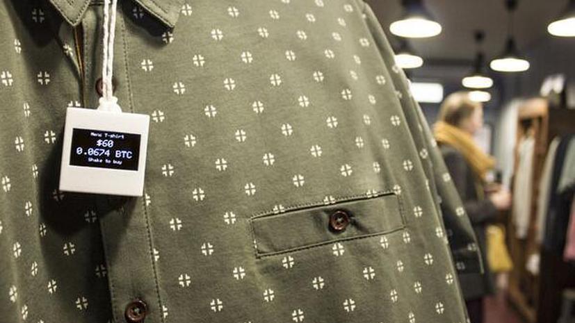 В лондонских бутиках появились электронные ценники в биткоинах
