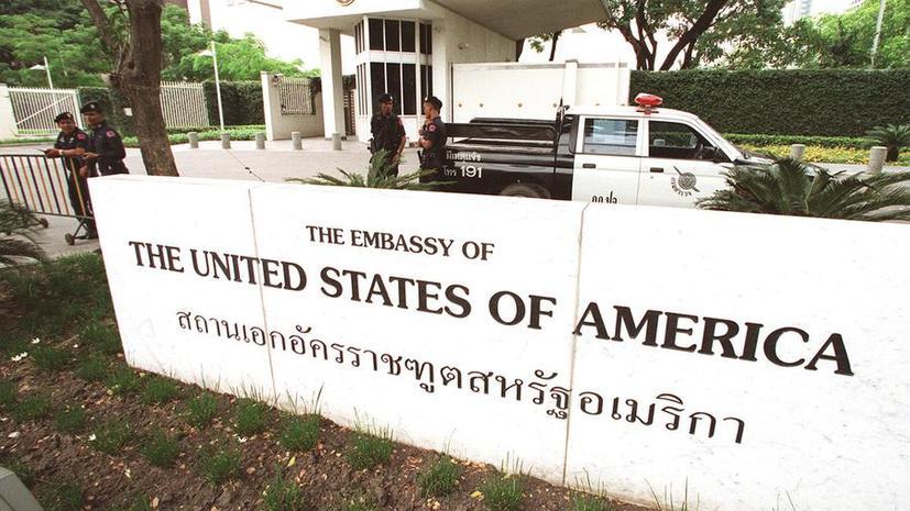 США продлят внеплановые выходные для 19 посольств до 10 августа