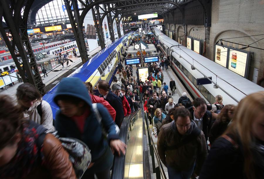 Население Германии растёт только за счёт мигрантов