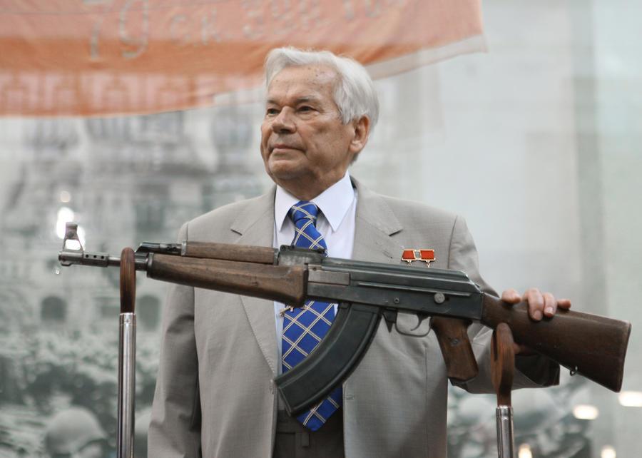 «Царь войны»: автомат Калашникова вошёл в список прорывных изобретений человечества