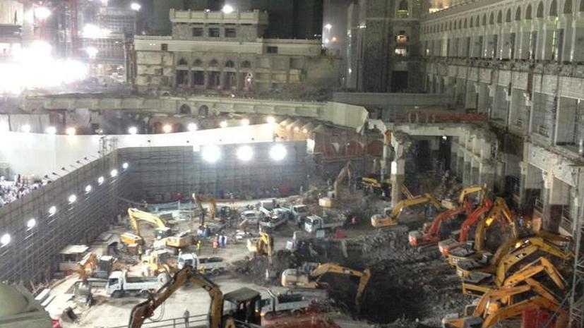 В Саудовской Аравии разрушают древнейшую мечеть ради коммерческой выгоды