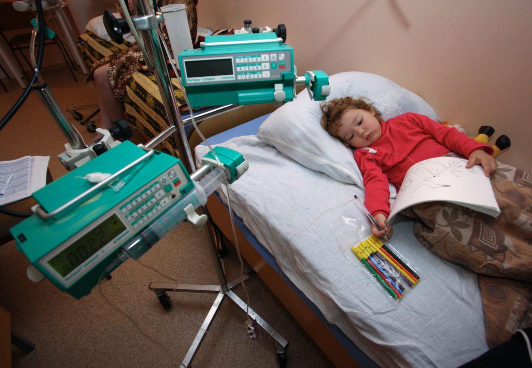 В подмосковном Дмитрове от свиного гриппа начали умирать дети