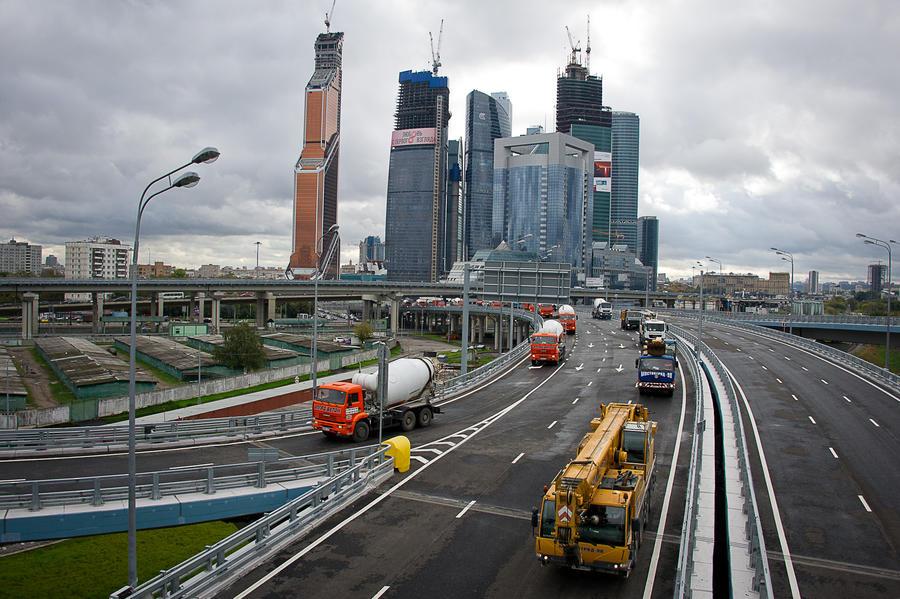 Нет опорных конструкций, но есть нелегальные мигранты: Генпрокуратура нашла нарушения в комплексе «Москва-Сити»