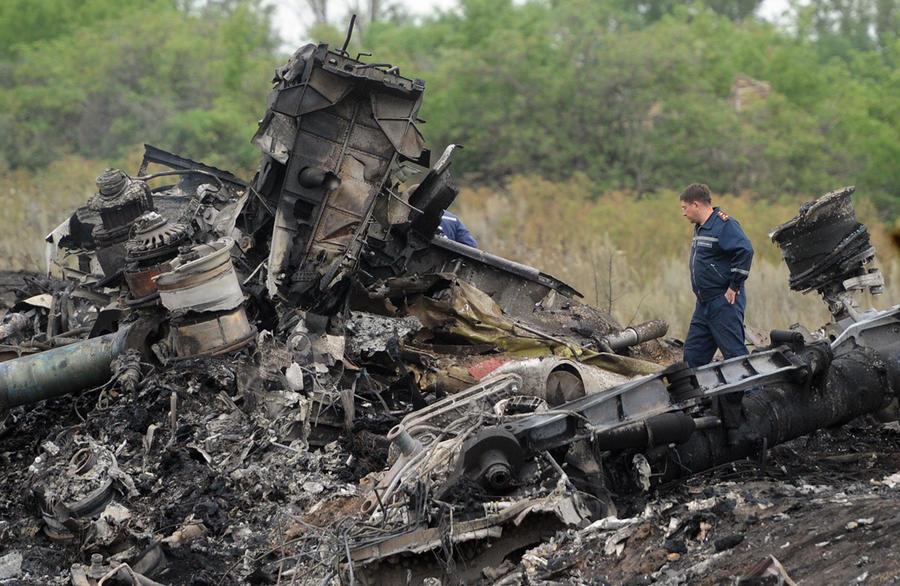Муж стюардессы, не попавшей на исчезнувший в марте малайзийский Boeing, погиб в трагедии на Украине