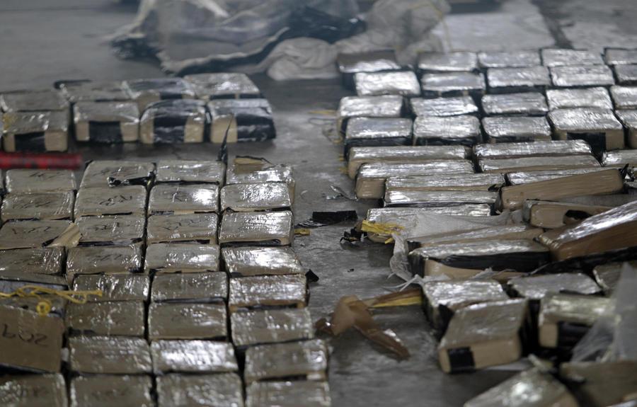 СМИ: Российские силовики помогают очищать Латинскую Америку от наркотиков
