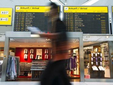 Уборщик случайно отравил пассажиров берлинского аэропорта