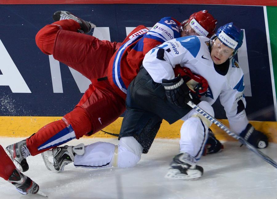 Сборная России по хоккею уступила финнам — 3:2