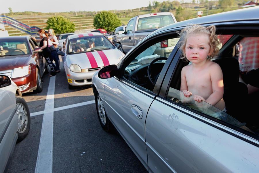 В США ребёнок, забытый в машине на жаре, умер от теплового удара