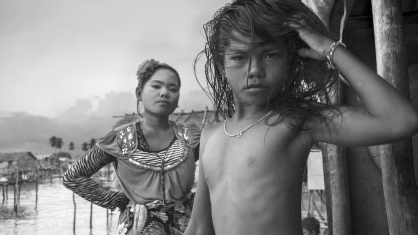 Французский фотограф запечатлел жизнь матриархальных обществ Азии