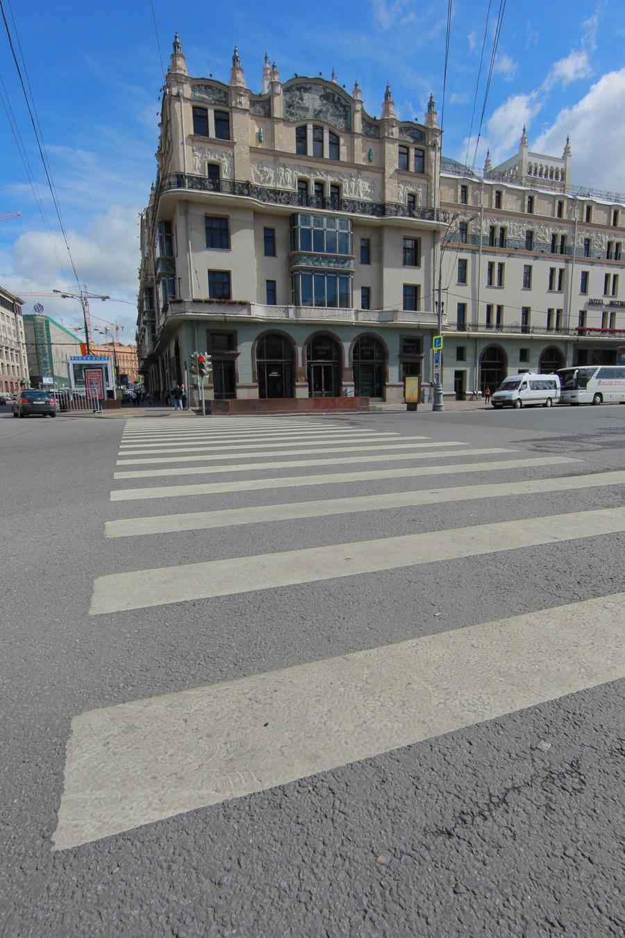 В центре Москвы планируется восстановить более 30 пешеходных переходов