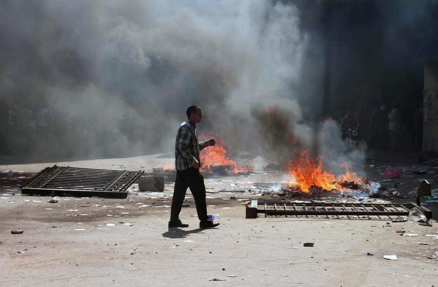 Египетские боевики убили 24 полицейских на границе с Израилем
