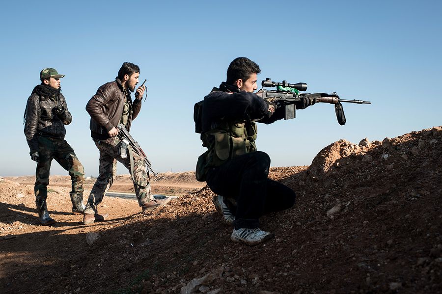 В Сирии нарастает конфликт между повстанцами и джихадистами
