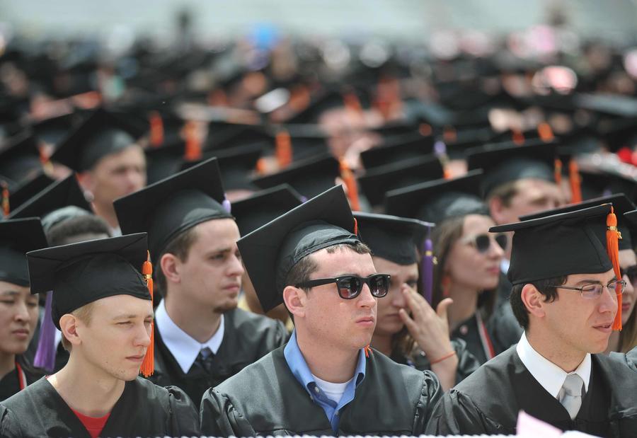 Студенты Гарварда отказываются от гуманитарных наук из-за высокой безработицы
