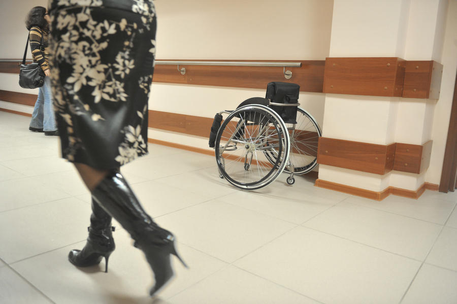 Наркоторговцы переправили груз в США в сопровождении инвалида-колясочника