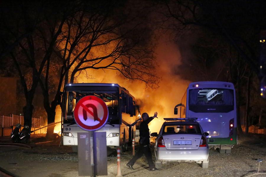 Очевидцы теракта в Анкаре в интервью RT: Пока у власти Эрдоган, люди будут жить в постоянном страхе