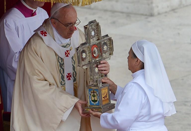 Папа Римский причислил к лику святых сразу 800 мучеников