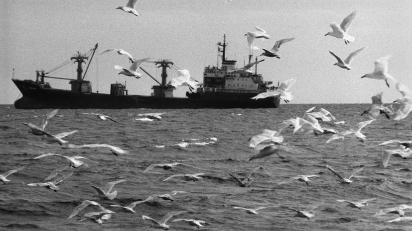 Крушение траулера «Дальний Восток» в Охотском море — хронология событий