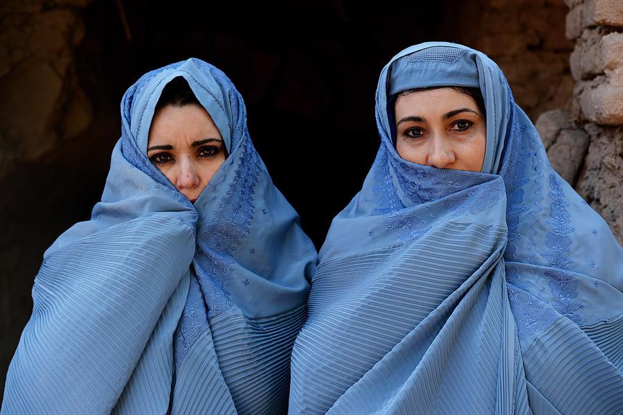 Женщины Афганистана получат от США и Европы $400 млн