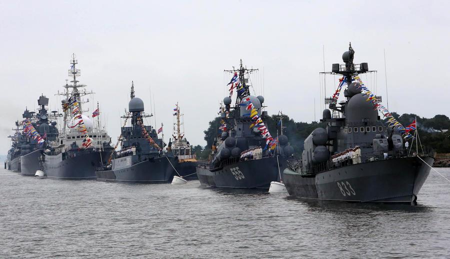 ВМФ России в 2015 году получит уникальный корабль из стеклопластика