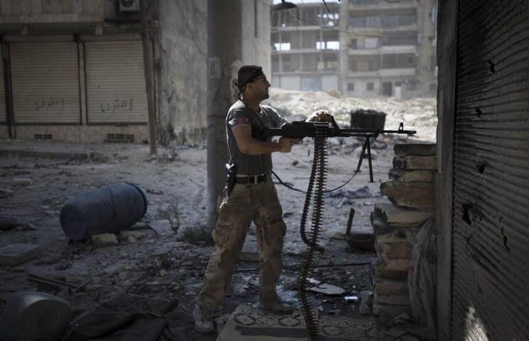 В Сирии идут ожесточенные бои за важный пригород Дамаска - город Дераа