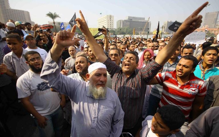 Протестующие в Каире забросали офис «Аль-Джазиры» коктейлями Молотова