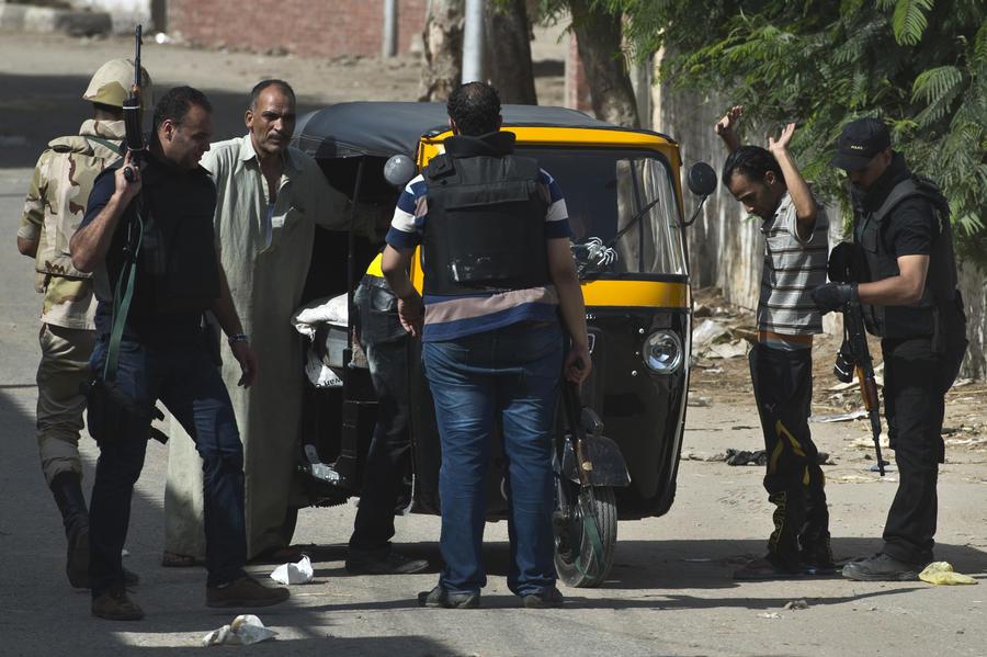 Власти Египта объявили о сокращении комендантского часа
