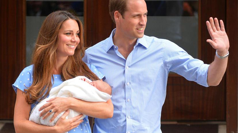 Миру показали новорожденного принца Кембриджского
