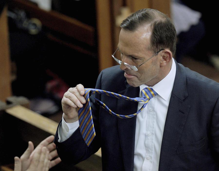 СМИ рассказали о нездоровом пристрастии экс-премьера Австралии к флагу Украины