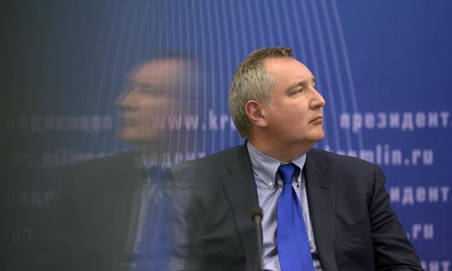 Дмитрий Рогозин: Вещдоки космических аварий либо падают в океан, либо сгорают в атмосфере