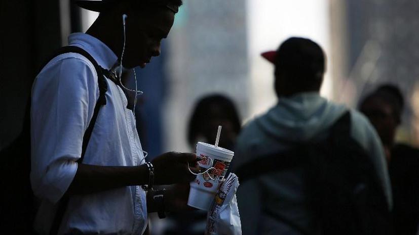 Чернокожий житель Нью-Йорка арестован за участие в игре «Выруби человека»