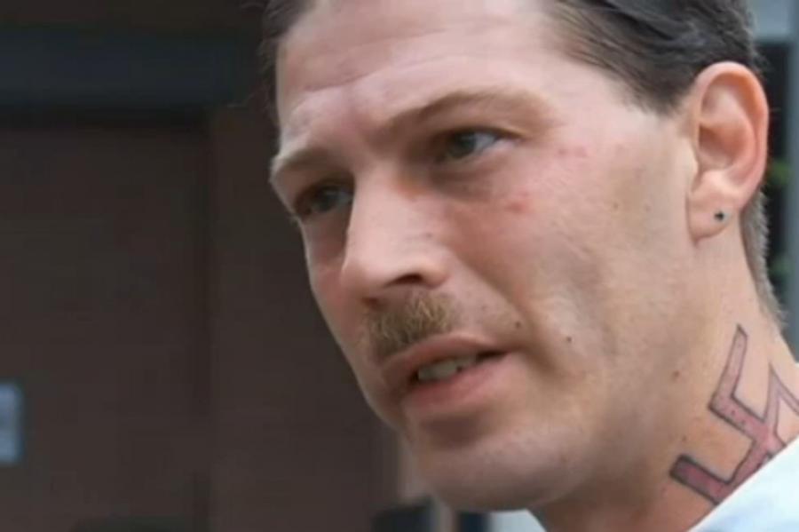 Американец, назвавший сына Адольфом Гитлером, обвиняется в запугивании всей семьи