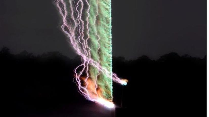 Учёные впервые сфотографировали гром