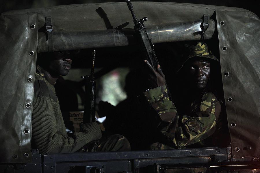 Неизвестные открыли огонь рядом с кенийской церковью