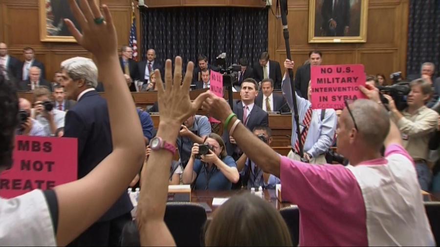 Комитет по международным отношениям Сената США проголосовал за военную операцию против Сирии