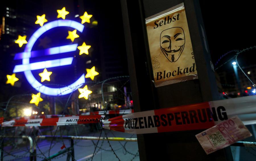 Французские СМИ: По-настоящему изолирована Западная Европа, а не Россия