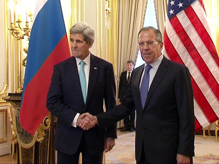 Сергей Лавров в разговоре с Джоном Керри призвал США использовать своё влияние на власти Украины
