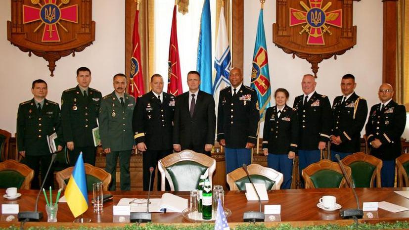 Замминистра обороны Украины поделился проблемами с генералом национальной гвардии Калифорнии