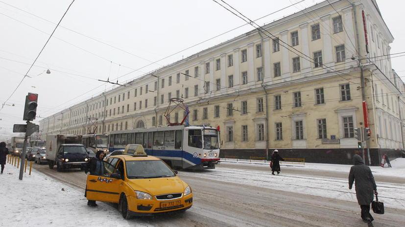 СМИ: Роспотребнадзор будет отслеживать цены на такси в Новый год