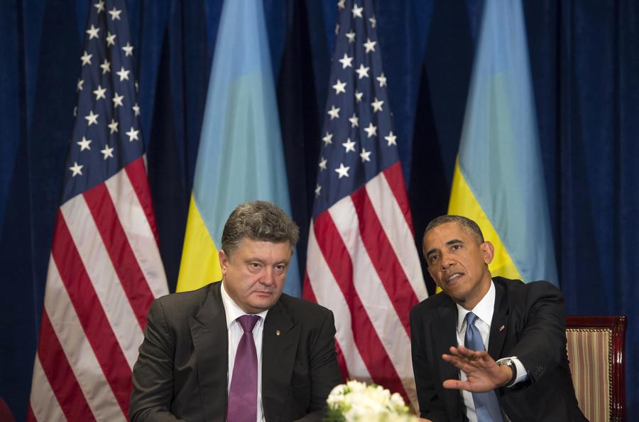 Эксперт: Позиция США и слабость Порошенко толкают Украину к продолжению конфликта на востоке страны