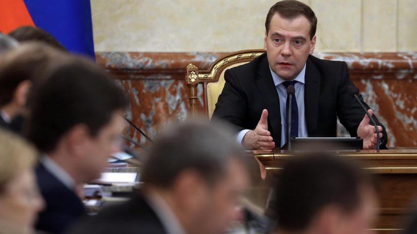 Правительство рассмотрит возможность субсидирования перелётов в Крым
