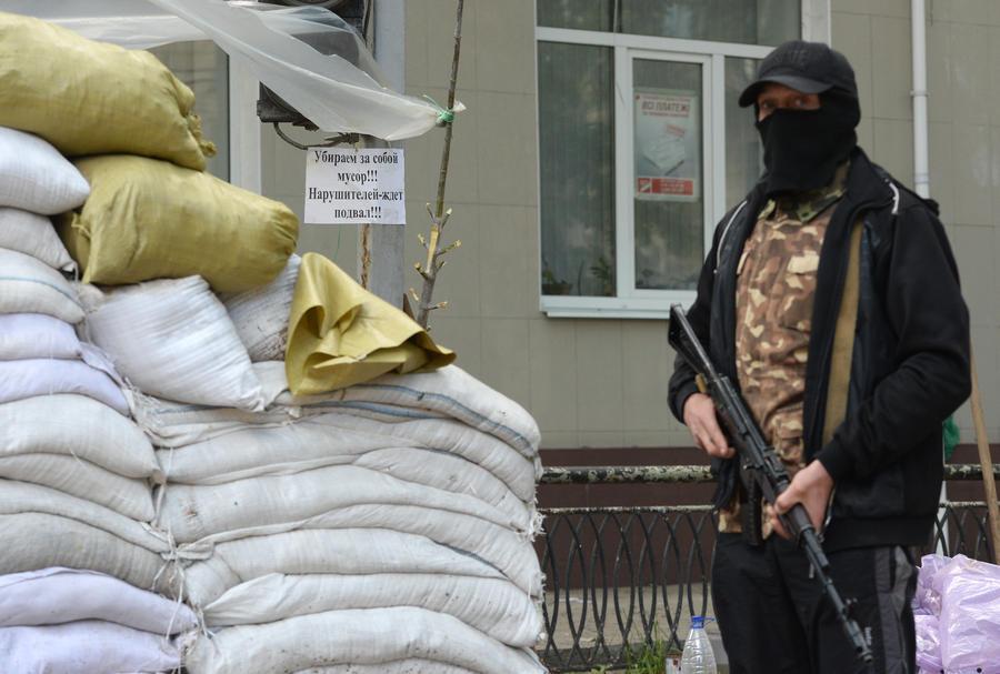 Самооборона Донецка: В машинах Красного Креста перевозили боевиков «Правого сектора»