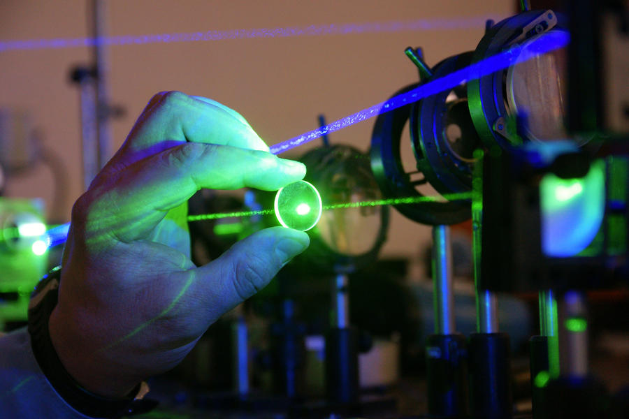 В Сарове началось создание самого мощного в мире лазера