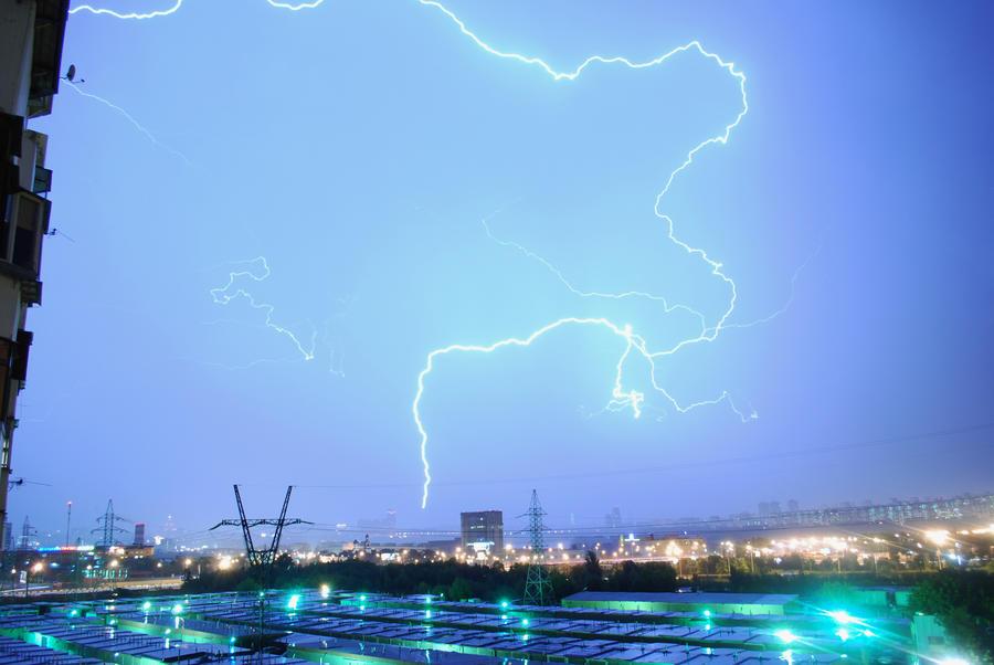 Китайские ученые заявили, что разгадали тайну шаровой молнии