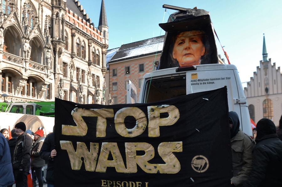 «Солдаты за мир»: В письме немецкие генералы призвали НАТО остановить «военную истерию» и русофобию