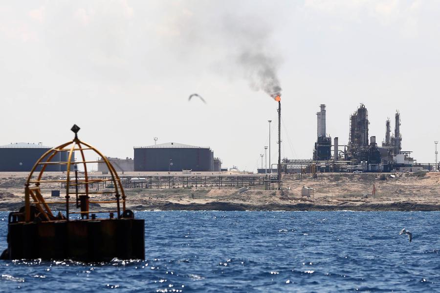Богатая нефтью Ливия оказалась на грани экономического краха