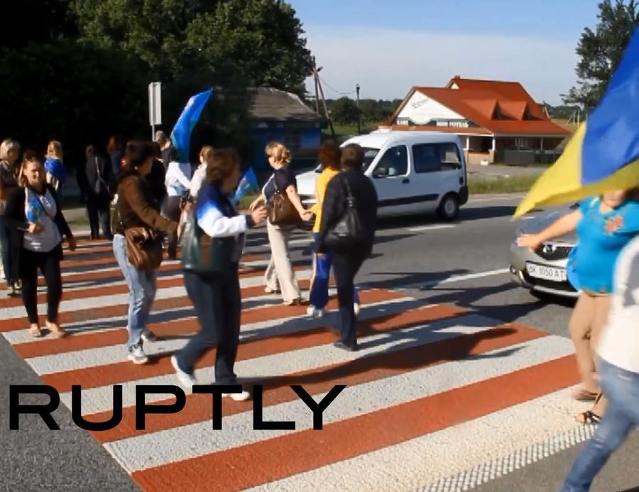 Матери украинских военных: Солдаты собирают дождевую воду и воюют без отдыха
